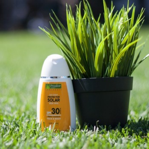 Protector Solar Factor 30 100 ml (tamaño viaje)